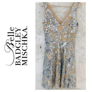 BADGLEY MISCHKA {4} Dress Sequin Party Silver